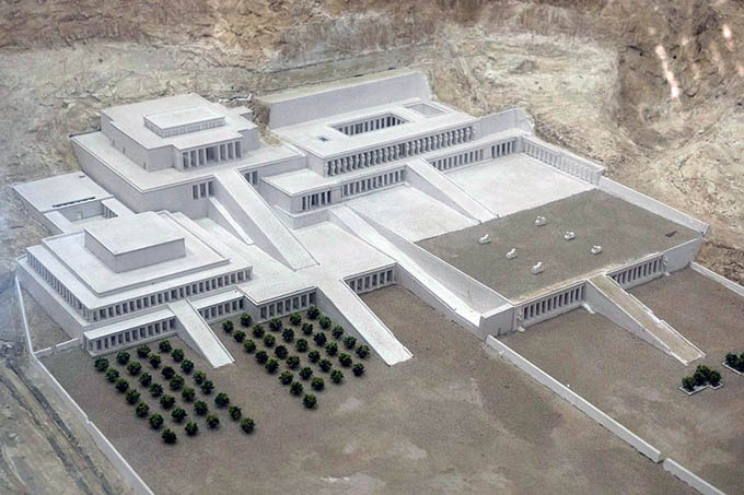Reconstruction of Hatshepsut Temple in Deir-El-Bahari