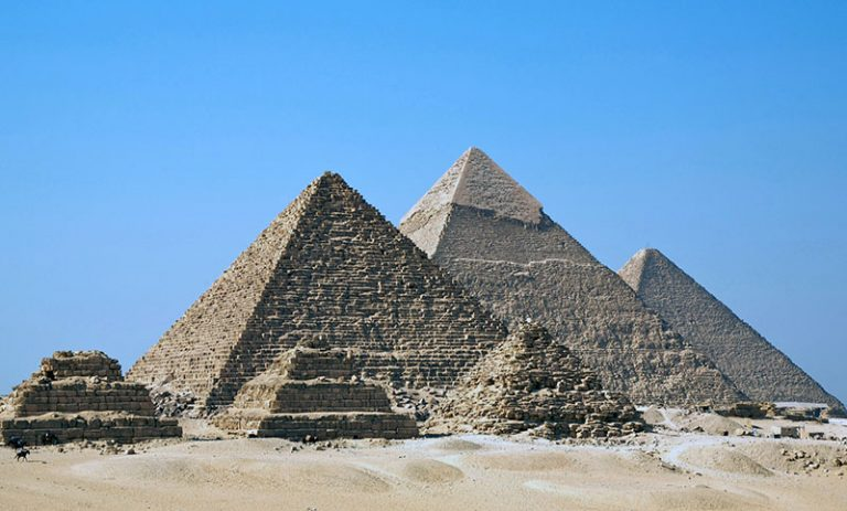 Facts about famous Egyptian pyramids