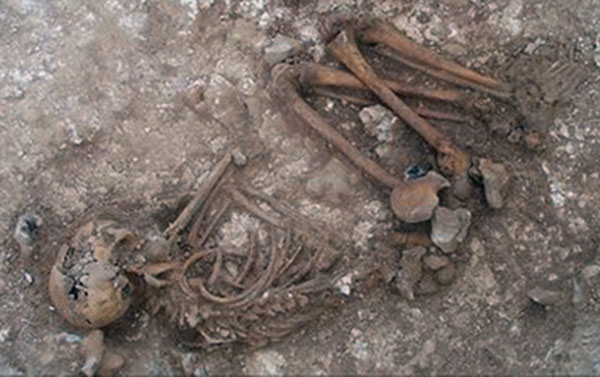 Example of burial in Paleolithic period