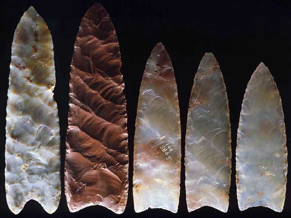Stone weapons of prehistoric humans in America